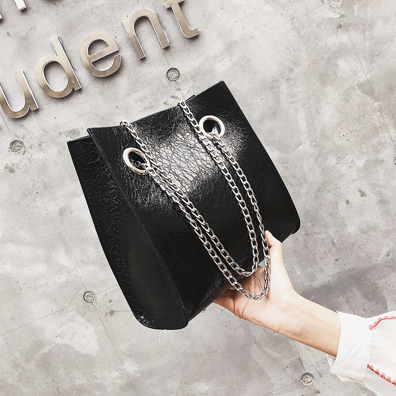 Big Tote Female Bag Burst Crack Chain Shoulder Messenger Bag PU Leather Rivet Large Capacity Mobile Ladies Bags for Women 2020 9