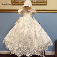 New Infant Girls Christening Dress Baptism Gown Lace Applique White Ivory Baby Christening Gown 3M 6M 9M 12M 24M With Bonnet