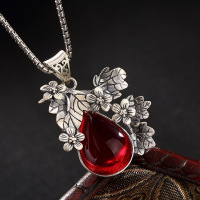 S925 Pure Silver Retro Plum Blossom Mosaic Yellow White Jade Pomegranate Red Lady High Grade Sweater Chain Pendant