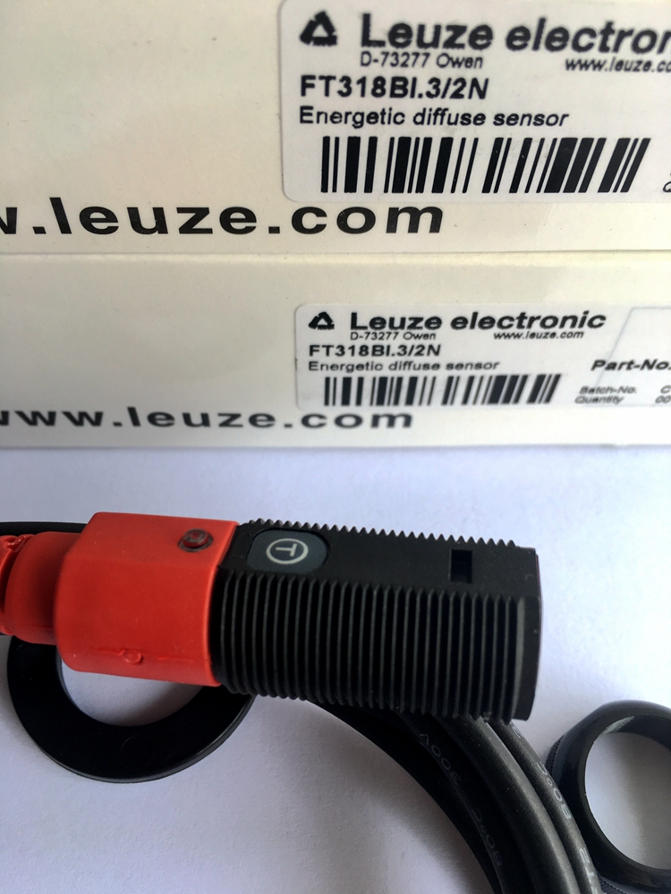 FT318BI.3/2N LEUZE  Photoelectric Switch Sensor 100% New Original FT318BI.3/2N LEUZE  Photoelectric Switch Sensor 100% New Original
