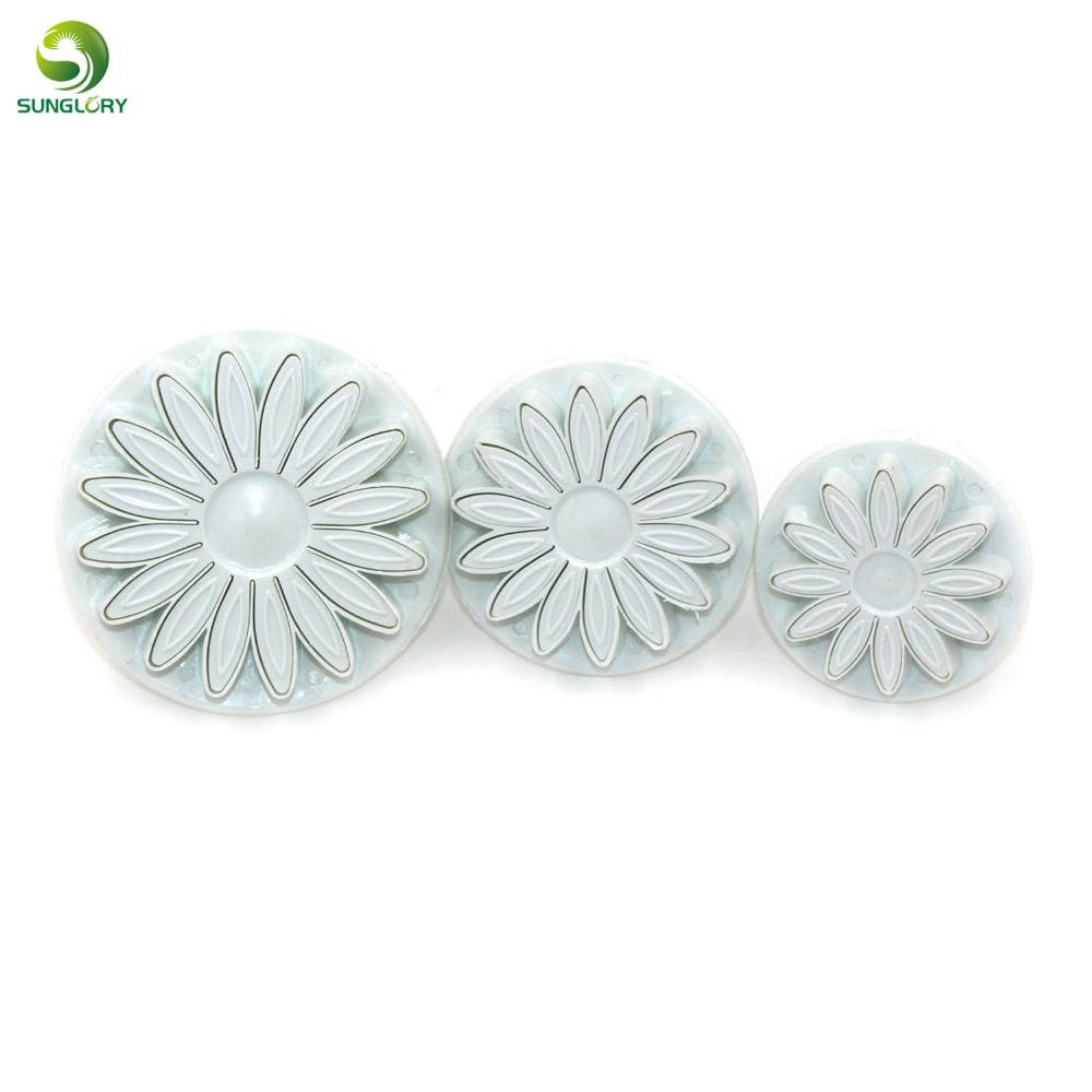 3PCS / SET Plast Solsikke Plunger Cutter Daisy Blomst Cookie Cutter Set Fondant Mould Cutter Baking Tools Cake Decoration White