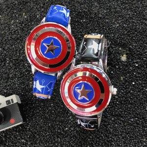 Кварцевые Детские водонепроницаемые часы с кожаным ремешком, с супергероем, человеком-пауком, высокого качества