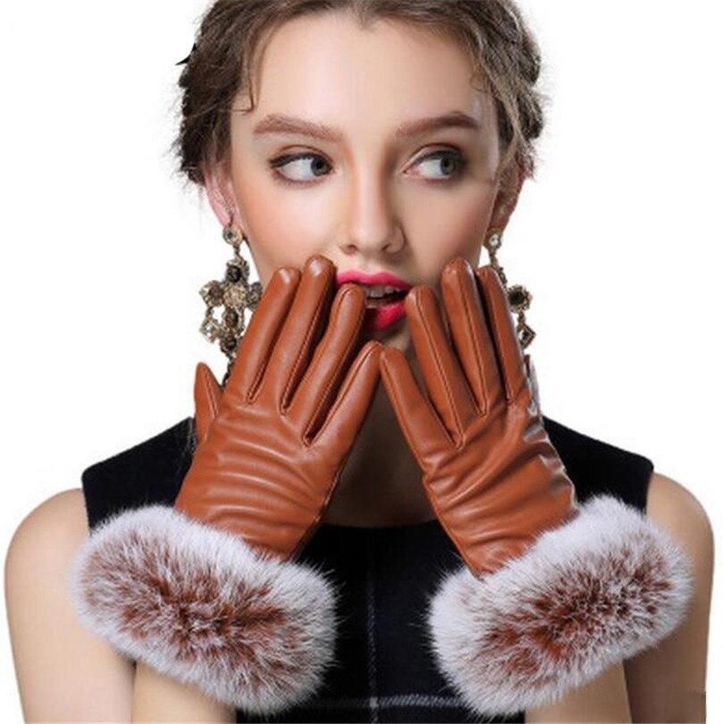 f86eead16bdf Click here to Buy Now!! Automne Pleine Paume Touché Gants Femmes Véritable  Gants En Cuir De Fourrure De Lapin Chaud Noir Mitaine D. 60. 70 . cher  acheteur