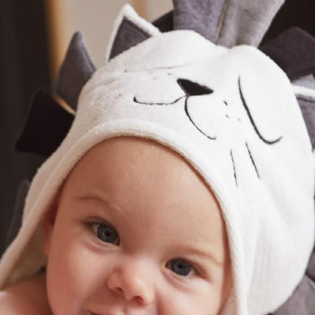 Novo retail 1 pc primavera para o inverno dos desenhos animados toalha 100% algodão bonito do leão e do gato macio e confortável toalha de banho do bebê TRQ0254