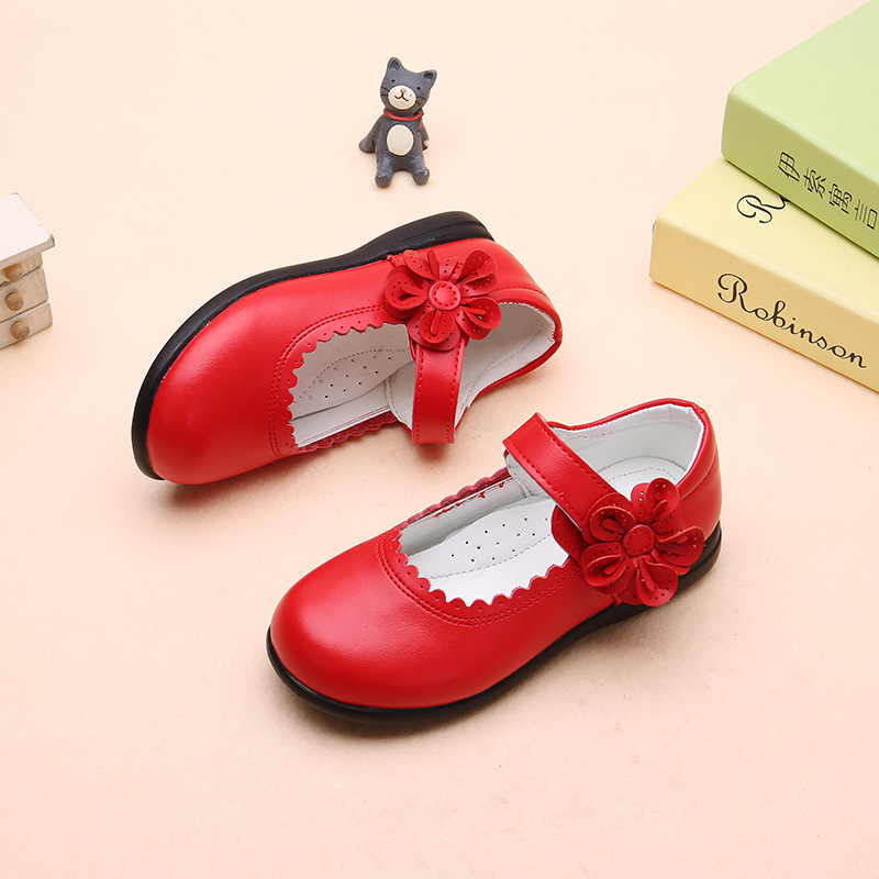 2019New Kids Children Shoes flower cowhide Princess Shoes Girls Wedding Student black Leather Shoes 3 4 5 6 7 8 9 10 11 12 13T in Leather Shoes from Mother Kids