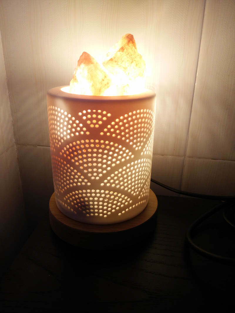 Antihypertensive Himalayan Crystal Salt Lights Night Lamp ceramic frame wood base Decorated for Bedside healthy hotel restroom