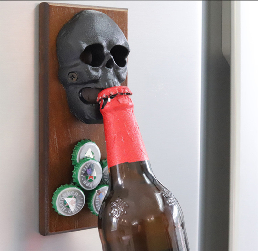 Creative Vintage Antique Iron Wall Bottle Opener Skull Shaped Beer Opener Wall Mounted Bottle Opener Home Bar Wall Decorative