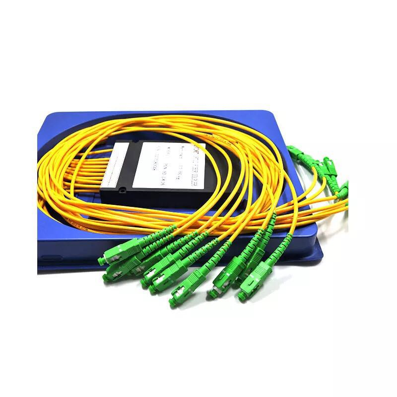 SC APC PLC 1X8 splitter Fiber Optical Box FTTH PLC Splitter box with 1X8 Planar waveguide type Optical splitterSC APC PLC 1X8 splitter Fiber Optical Box FTTH PLC Splitter box with 1X8 Planar waveguide type Optical splitter