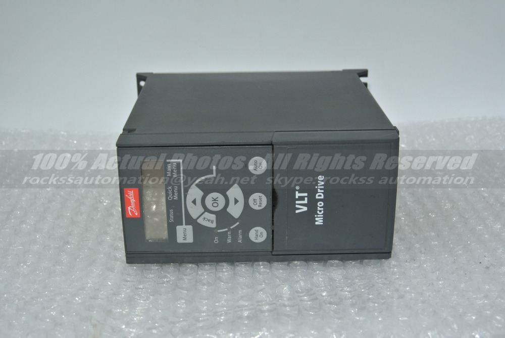 FC-051P1K5T4E20H3BXC 132F0020 1.5KW Used 100% Tested With Free DHL / EMS evf8217 e lenze inverter evf8217 e almost new used 100% tested