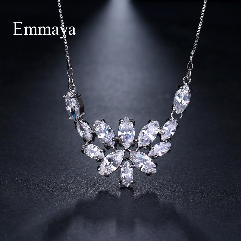 Emmaya Brand Fashion Elegance Charm Flower AAA Zircon Adjustable Lovers Necklaces for Women Popular Jewelry Wedding Party Gift