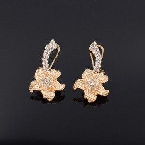 Image 5 - 2019 Nieuwe Nigeria Luxe Populaire Bruiloft Bloem Sieraden Set Dubai Gouden Kraal Ketting Armband Oorbellen Ring Set 003