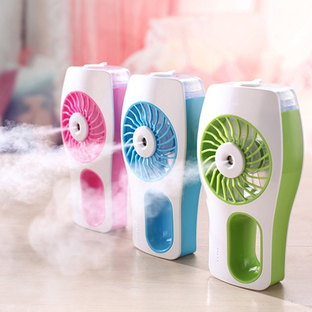 Portable Misting Fan, Handheld Aromatherapy Essential Oil Diffuser, USB  Mini Fan With Personal Cooling