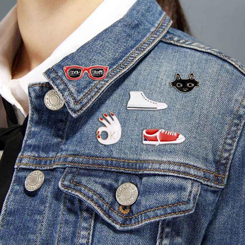 1-10 pz Creativo Distintivo di Modo A Lunga Catena Del Pendente Ciondola Spilla Gioielli Carino Auto Corpetto Abbigliamento Decorazione Regali