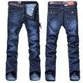 Novo 2016 Famosa Marca de Alta Qualidade Homens calças de Brim De Algodão Denim Jeans Casual Reta Jeans Lavados Luz Fina Verão plus size: 28 ~ 38