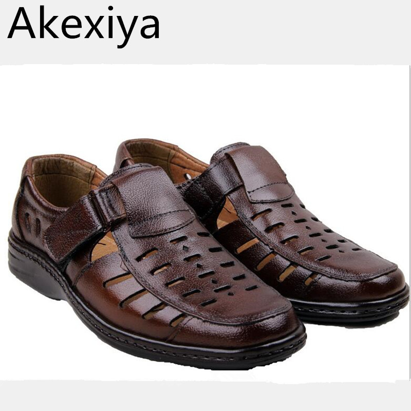 Akexiya Free Shipping 2017 Summer Brand New Fashion Hollow Soft Leather Sewing Men Sandals Brown Black