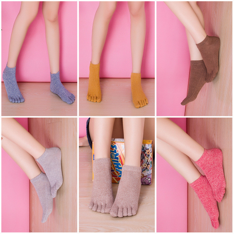Cute Sweet Candy Color Fashion Invisible Sweat Casual Women Five Toe Cotton Socks Ladies Girls Pure Finger Socks Breathable