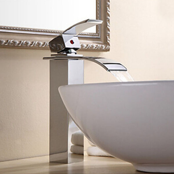 ФОТО Contemporary Chrome One Hole Single Handle Vessel Waterfall Bathroom Sink Faucet