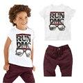 2015 лето мода мягкий хлопок дети мальчики clothings майка + шорты 2 шт. устанавливает костюм младенца