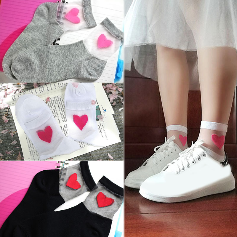 Gifts Fashion 1Pair 34-38 Size Free Shipping Women And Girls 3 Colors Comfortable Soft heart Pattern Meias Cotton   Sock   2018