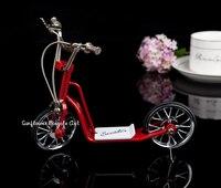 Diy مصغرة المعادن تجميعها الأحمر المعادن الدراجة سكوتر نموذج محاكاة مصغرة دمية لعب للأطفال أطفال هدية عيد الميلاد