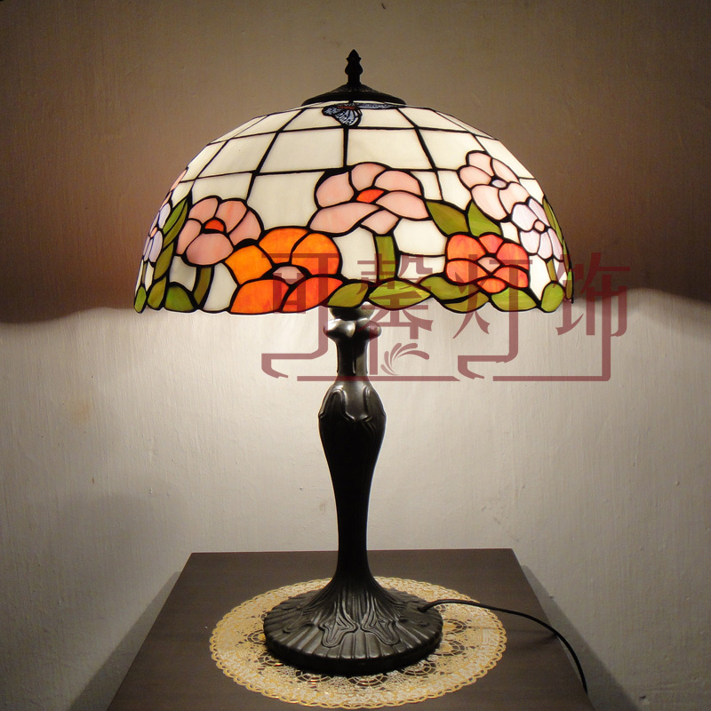 16 Inch Flesh Country Flowers butterfly Tiffany Table Lamp Country Style Stained Glass Lamp for Bedroom E27 110-240V