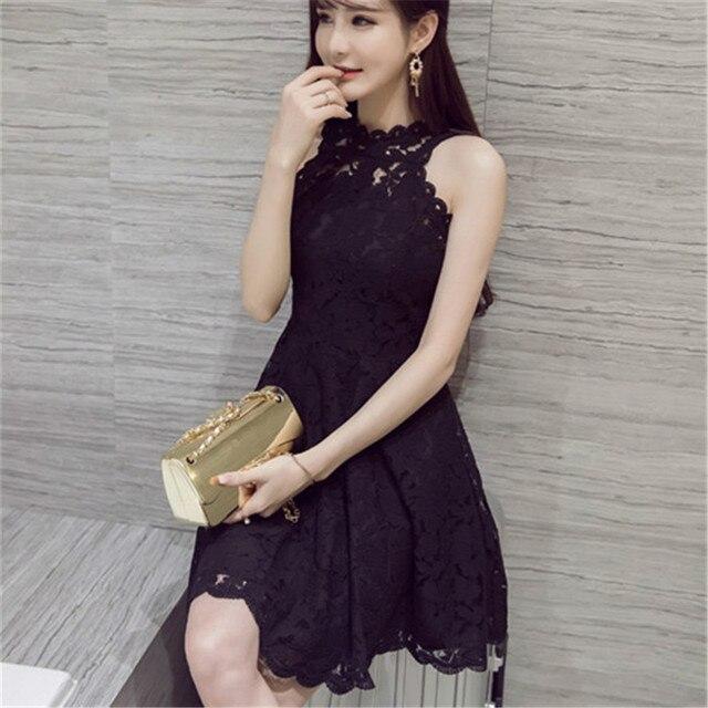 Vestido negro de encaje para fiesta