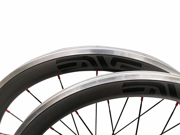 Width 23mm chinese carbon alloy bike clincher wheels 50mm with customized decal aluminum brake surfcae bike wheelset 700c