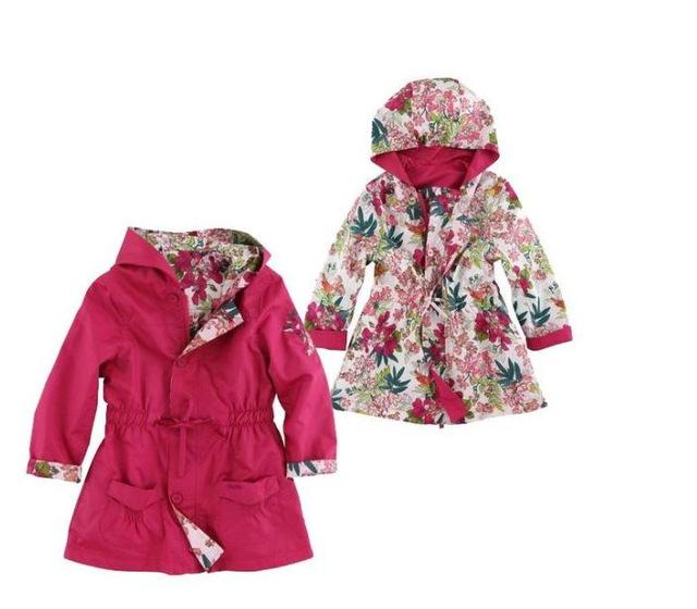 Novo revestimento de poeira Meninas Do Bebê com capuz Ambos os lados para vestir flor casaco corta-vento casacos das crianças Por Atacado