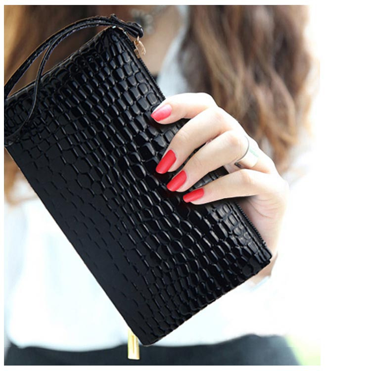 Hot Sale New Alligator Mini Wallet Ladies Leather Clutches Small Phone Bags for Women Wristlets Coin Purse and Handbag