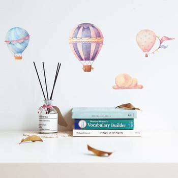 Kreatywne kolorowe gorące powietrze ściana z balonami naklejki dla dzieci pokoje dla dzieci dekoracje pcv naklejki ścienne naklejki do pokoju dziecięcego tapeta do domu tanie i dobre opinie HonC CN (pochodzenie) Naklejka ścienna samolot Nowoczesne Na ścianie Meble Naklejki Jednoczęściowy pakiet WALL PATTERN