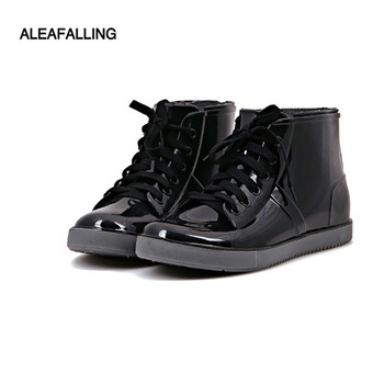 цена на Aleafalling Fashion New Arrival Sewing Waterproof Flat With Shoes Woman Rain Woman Water Rubber Ankle Boots Cross-tied Botas