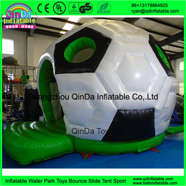 2016 New Design inflatable jumping castle, inflatable Football bouncy castle for sale