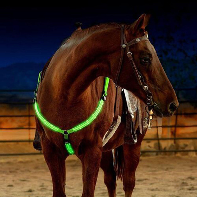 Night Visible LED Horse Breastplate Collar Bridle Halter Equestrian Horse Safety Horseback Riding Equestrian Horse Chest Collar