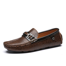 Fashion Men Loafers Genuine Leather Shoes Flat  Crocodile Pattern Casual Mocassins