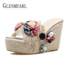 Marke Frauen Hausschuhe Plattform Sommer Schuhe High Heels Transparente Blumen Strand Hausschuhe Stroh Flip Flops Party Schuhe Frau DE