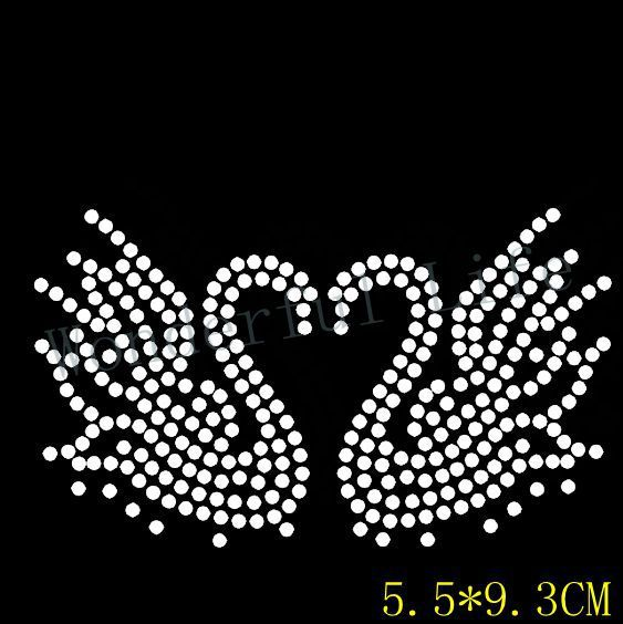 Free shipping small goose hotfix rhinestones transfer design motif bling  for clothing bf7a261fd288