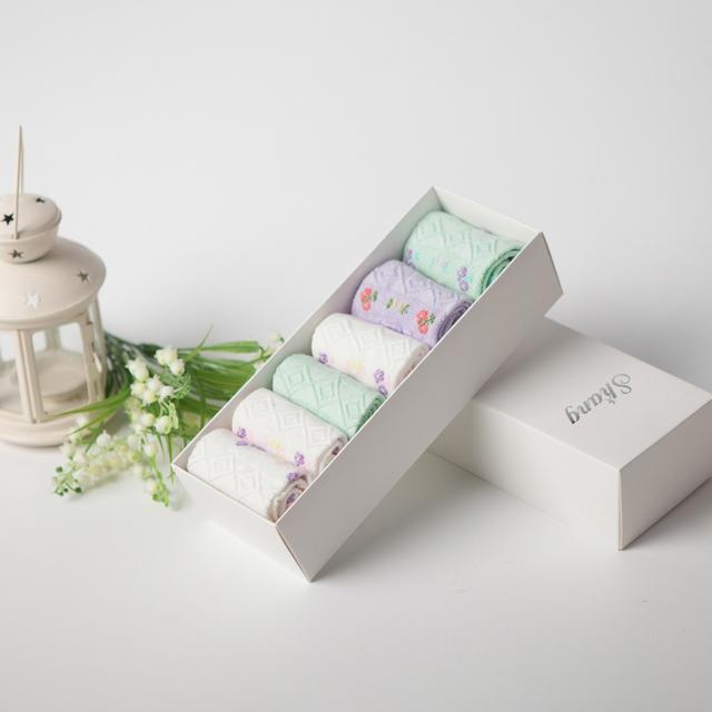 BAMBU ÁGUA SHANG embalagem caixa de Presente Das Mulheres meias Linda Meias de Fibra de Bambu para as mulheres bonitos meias impressão Femininos LQ-16