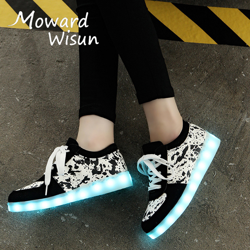 2017 New! Fashion USB Glowing Sneakers with Luminous Sole LED Light Up Shoes for Kids Boys Girls LED Slippers Basket Femme 30