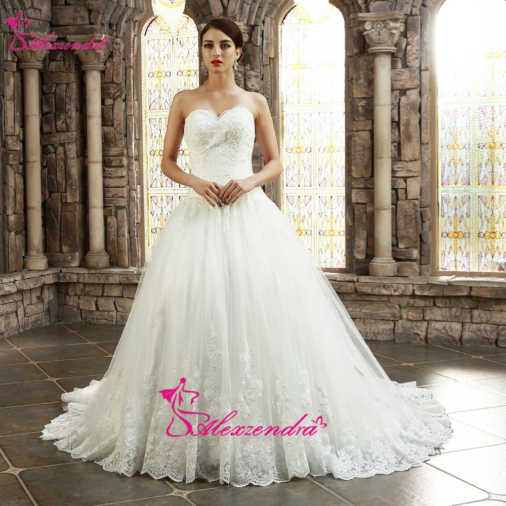 Alexzendra White Sweetheart Gown Ball Elegant Wedding Dress Lace Appliqued Dress Pengantin Vintage vestido de noiva
