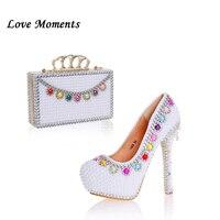 Love Moments/женские свадебные туфли с белым жемчугом и подходящая к ним Сумочка для невесты, Модный комплект из туфель и сумочки, женские туфли н