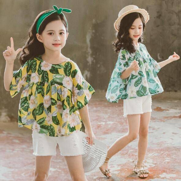 347ecc3dbc116 US $16.21  Summer Children Clothing Sets For Girls 2019 Fashion Flower  Tops+Shorts 2Pcs Suits Clothes for Kids 4 12 Years Baby Girls Outfit-in ...