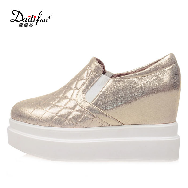 Daitifen new Spring Flats ladies Platform shoes comfortable Casual women Slip on Increased Flats Big size girls Vulcanized shoes donna in 2017 spring new women platform casual shoes suede leather wedges comfortable ladies flats