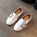 Girls shoes 2017 nueva primavera de cuero sólido de la manera creciente boys shoes niños dancing shoes kids soft niños zapatillas tamaño 26-30