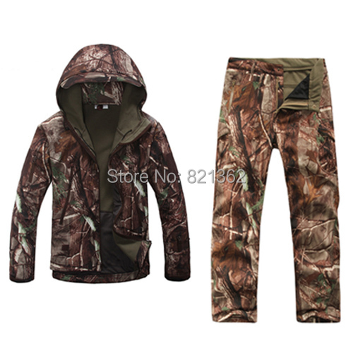 цена на Outdoor Realtree Camouflage Hunting Clothes Breathable Hiking Realtree Camo Clothing Waterproof Hunting Suits