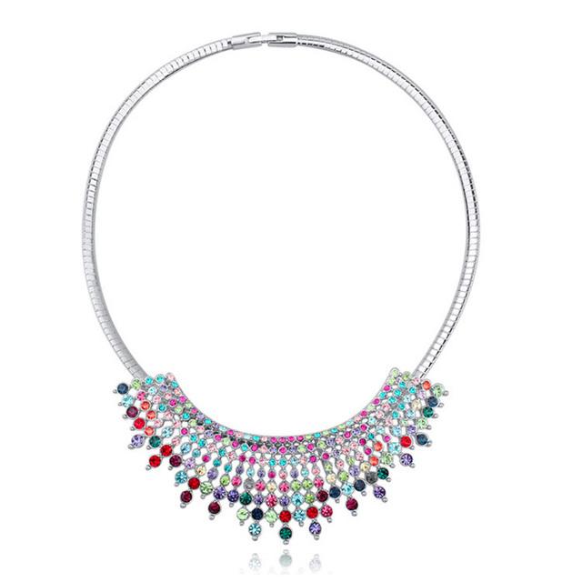 Borla Collar de Gran Colgante de Cristal Austriaco Gargantillas Collares Mujeres Hipérbole Collar de Bohemia de La Joyería 3 Colores de Moda Bijoux