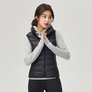 Image 4 - SINGRAIN נשים למטה אפוד מעיל 100% לבן ברווז למטה אפוד קל במיוחד אפוד שרוולים מעיל חורף חם בתוספת גודל חזייה