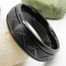 Classic Wedding Rings Black Color Craved Pattern Tungsten New Fashion Jewelry Womens Anniversary Engagement