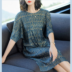 Image 4 - Azterumi Summer New 2019 Women Round Neck Pleated Dress Casual Loose A line Party Dresses Blue Red Vestido Feminina