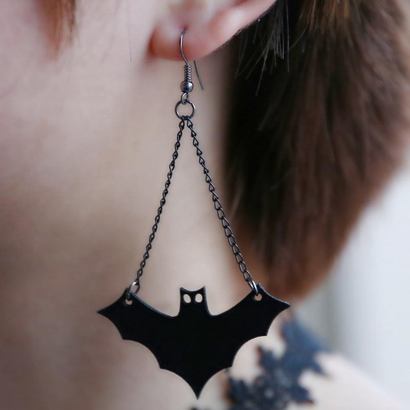 Halloween Kreative Ohrringe Neue Mode Persönlichkeit Punk stil seltsame bat  Ohrringe Schmuck Für Frauen E0208 f532bf279d