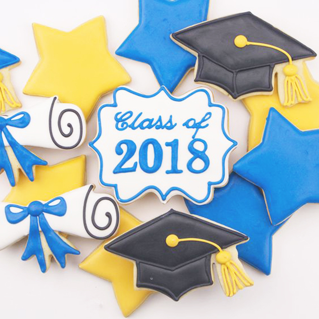 KENIAO Graduation Cookie Cutter Set - 3 PC - Graduation Cap, Diploma, Graduation Gown Fondant / Biccuit Cutter - Stainless Steel